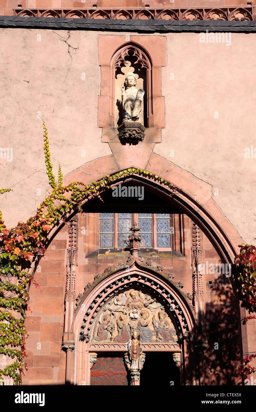 Katholische Kirche St. Valentinus in Kiedrich, Rheingau, Hessen, Deutschland Stockbild