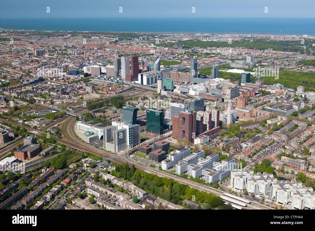 Die Niederlande, Den Haag, den Haag, Luftbild des modernen Den Haag. Stockbild