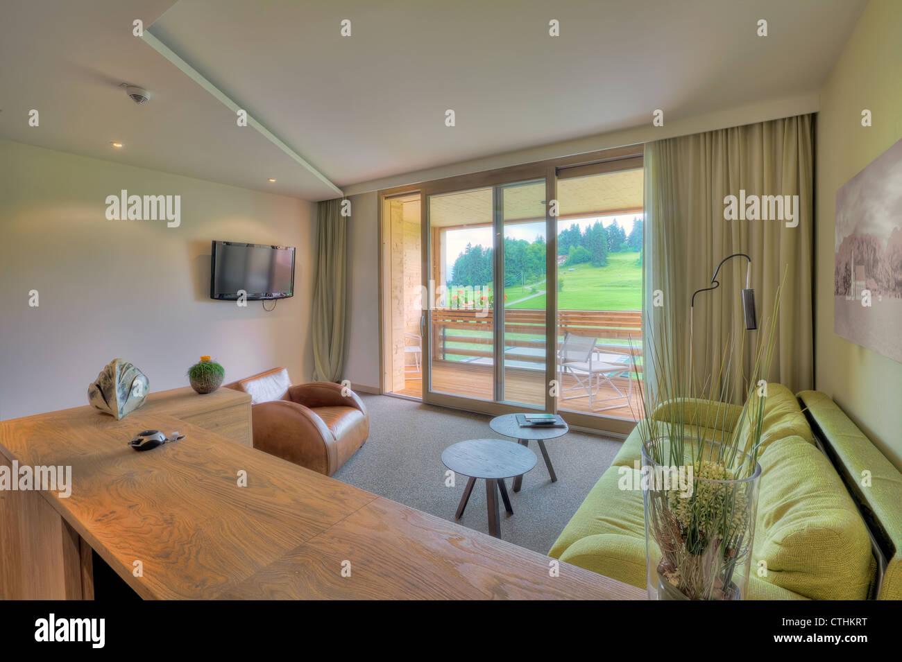 Schönes Wohnzimmer in Kaufmann Hotel, Bayern Stockfoto, Bild ...