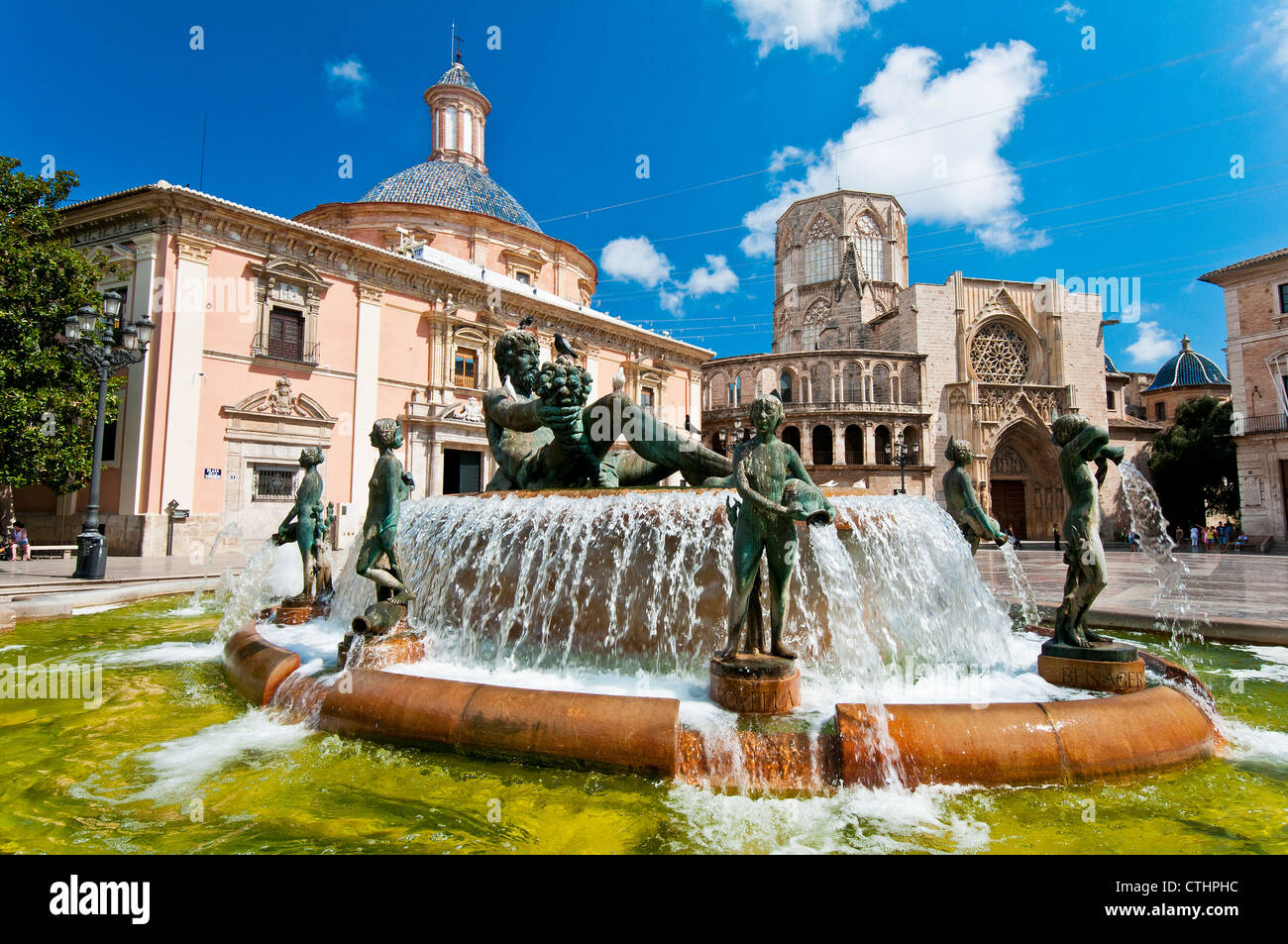 turia brunnen plaza de la virgen valencia spanien stockfoto bild 49563400 alamy. Black Bedroom Furniture Sets. Home Design Ideas