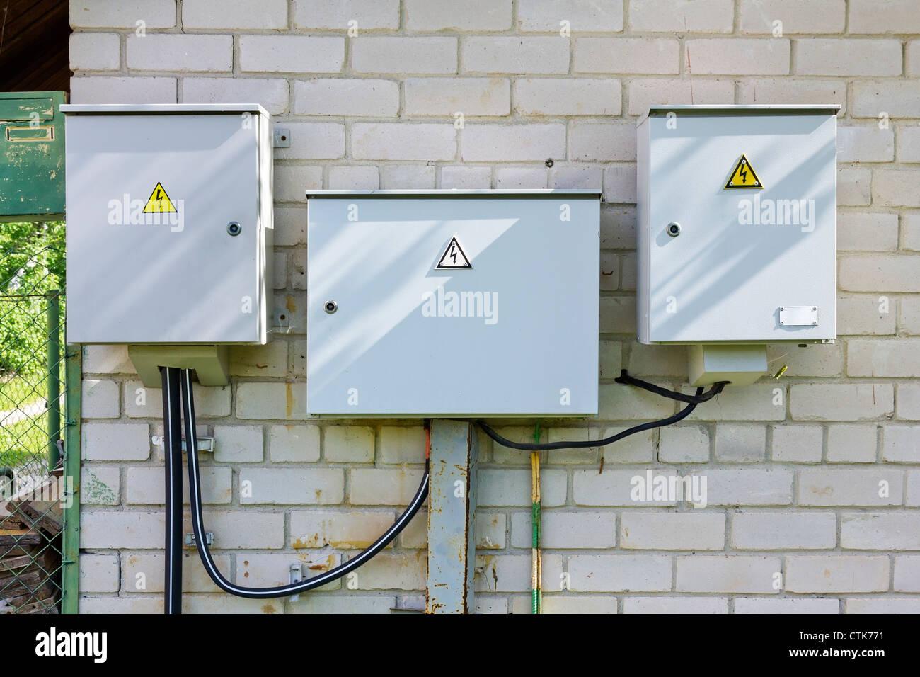 Atemberaubend Installation Von Kombigeräten Zeitgenössisch ...