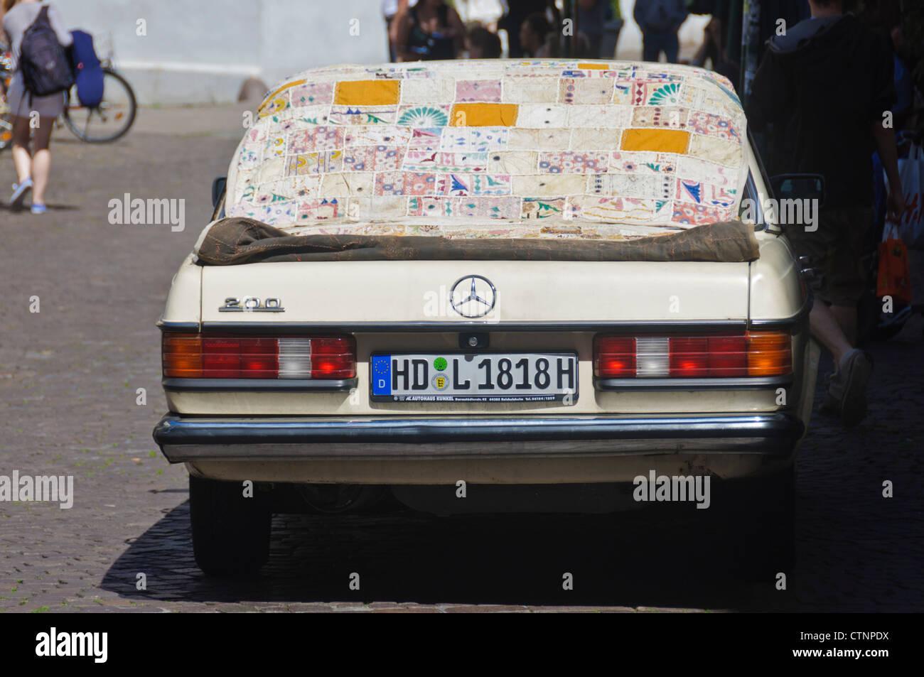 Oldtimer Mercedes Benz 200 mit deutschen Kfz-Kennzeichen HD ...