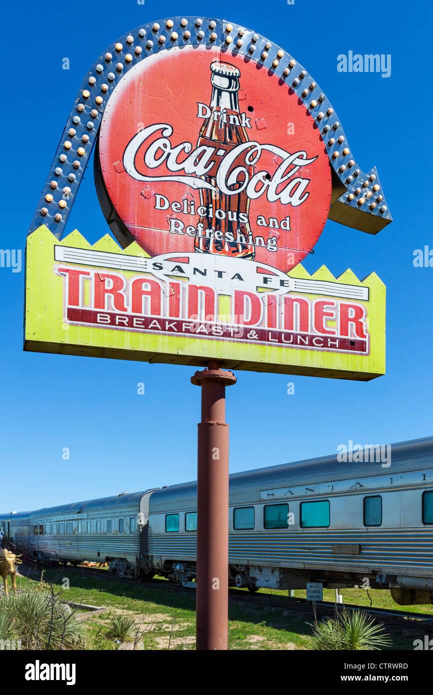 """Santa Fe-Zug-Diner Outhside die """"1880 Town"""" westlichen Attraktion in Murdo, South Dakota, USA Stockbild"""