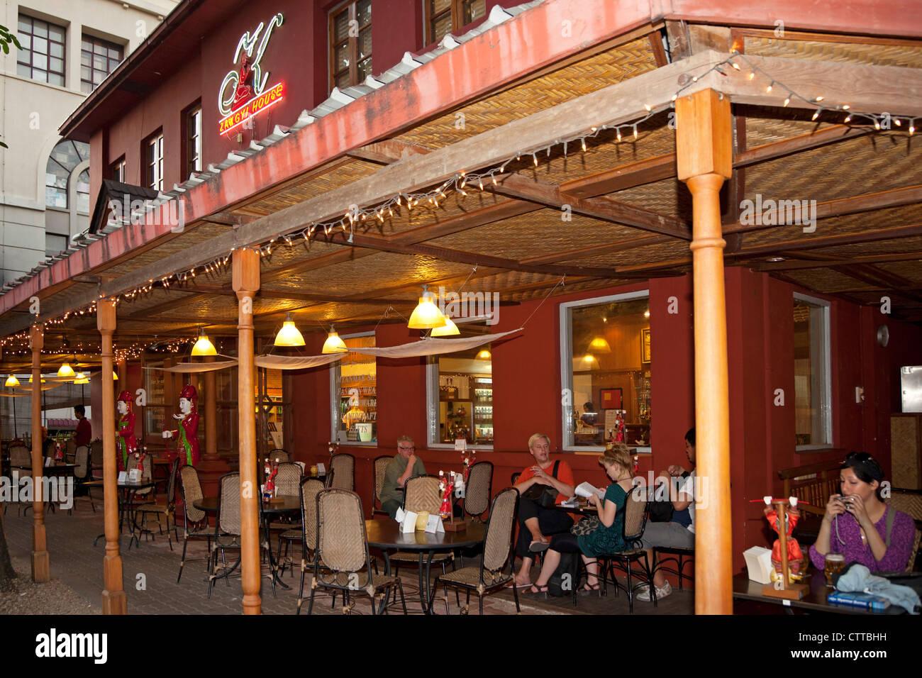 Restaurant und Café, Yangon, Myanmar Stockbild