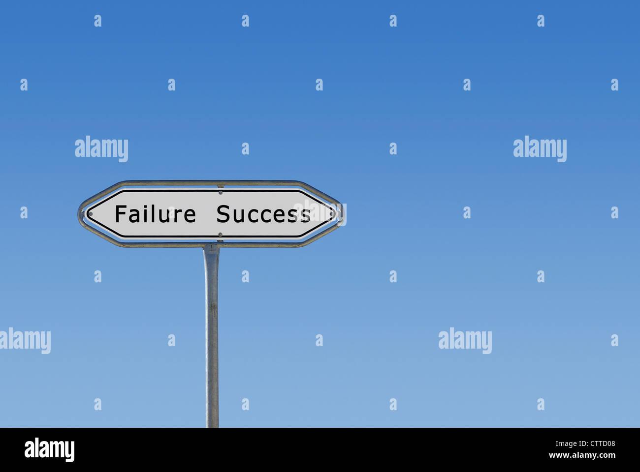 Erfolg und Misserfolg-Pfeil-Symbol. Stockbild