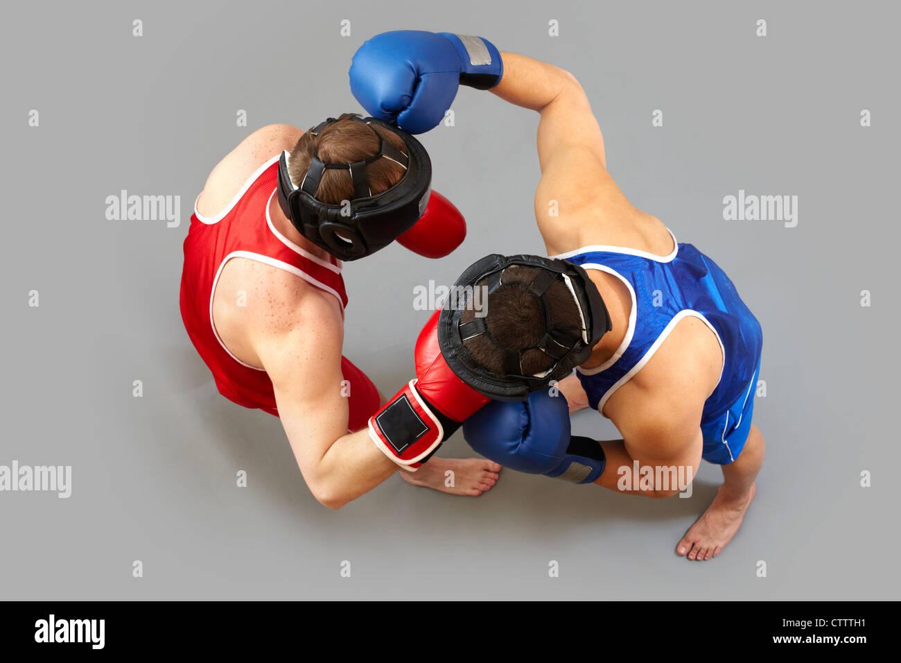 Die obige Ansicht der beiden Jungs Boxen Stockbild