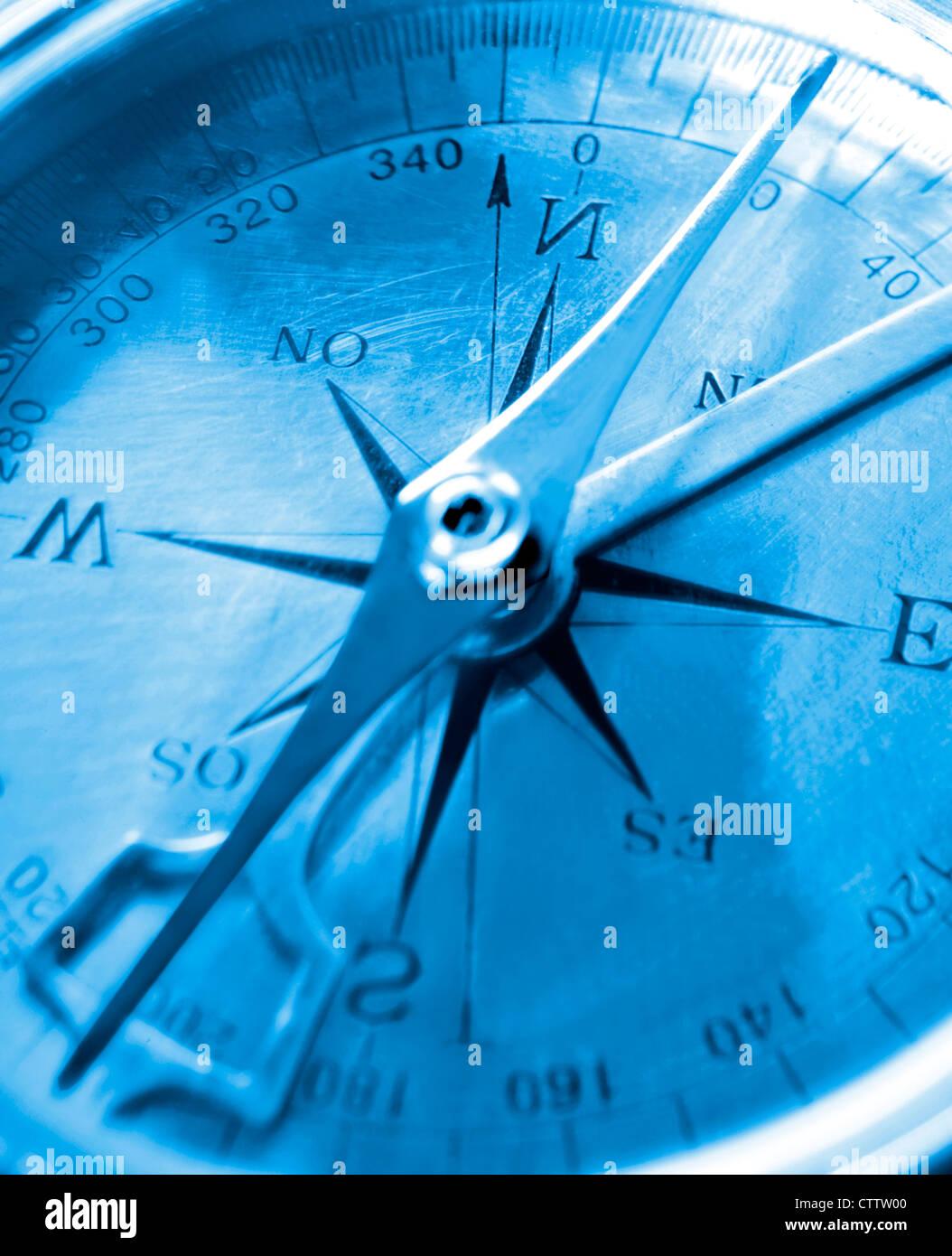 Tiefblaue Kompass Lünette Stockbild