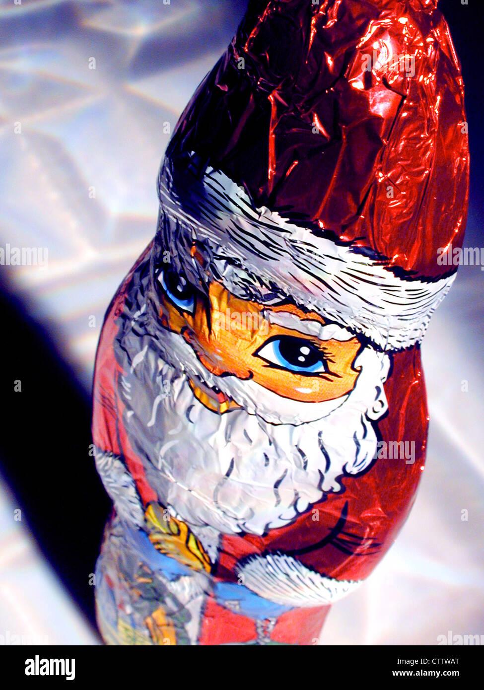 Schokoladen-Nikolaus in Gold Stockbild