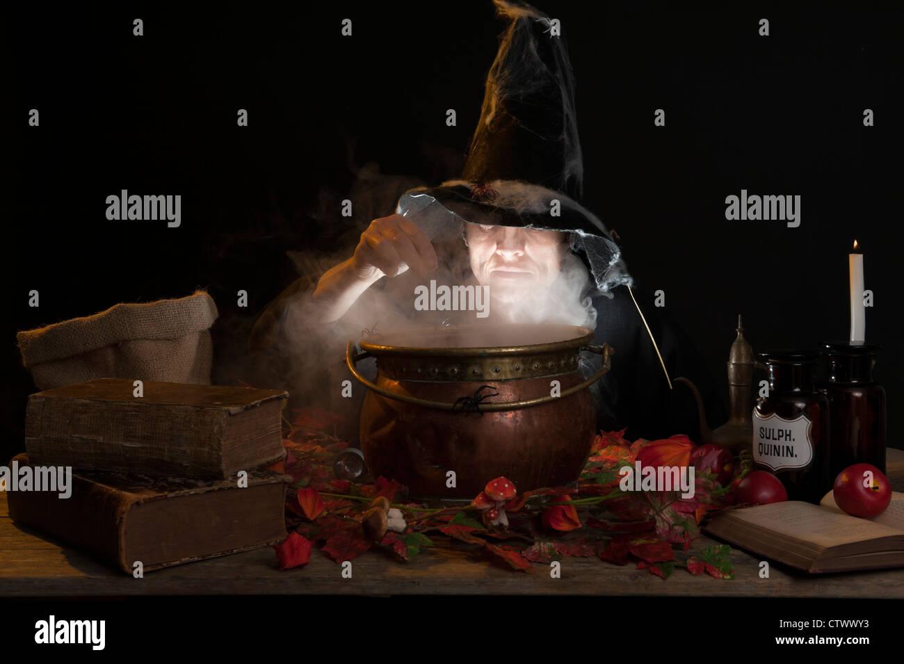 Witch Cauldron Smoke Stockfotos & Witch Cauldron Smoke Bilder ...
