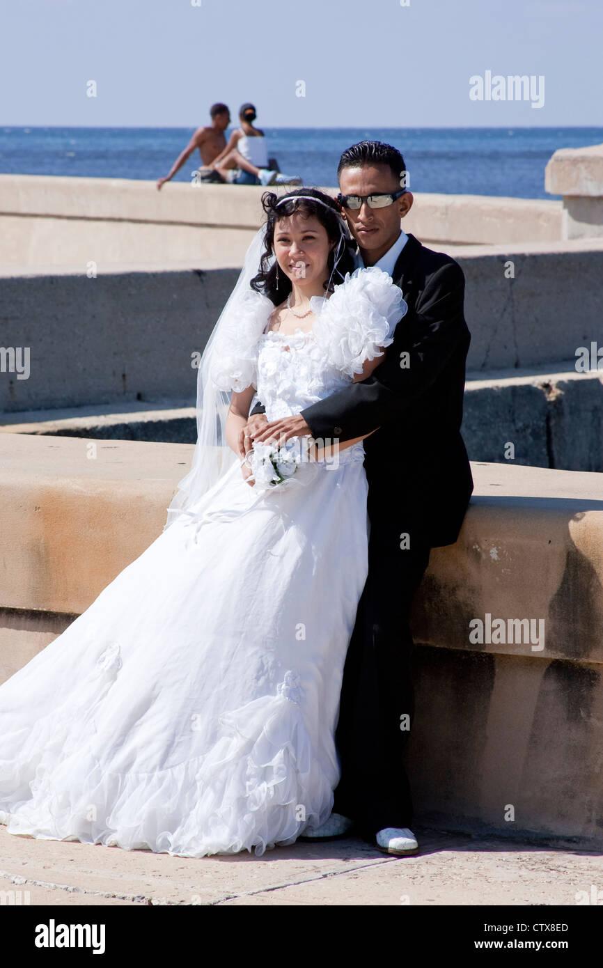Cuba Wedding Stockfotos & Cuba Wedding Bilder - Seite 3 - Alamy