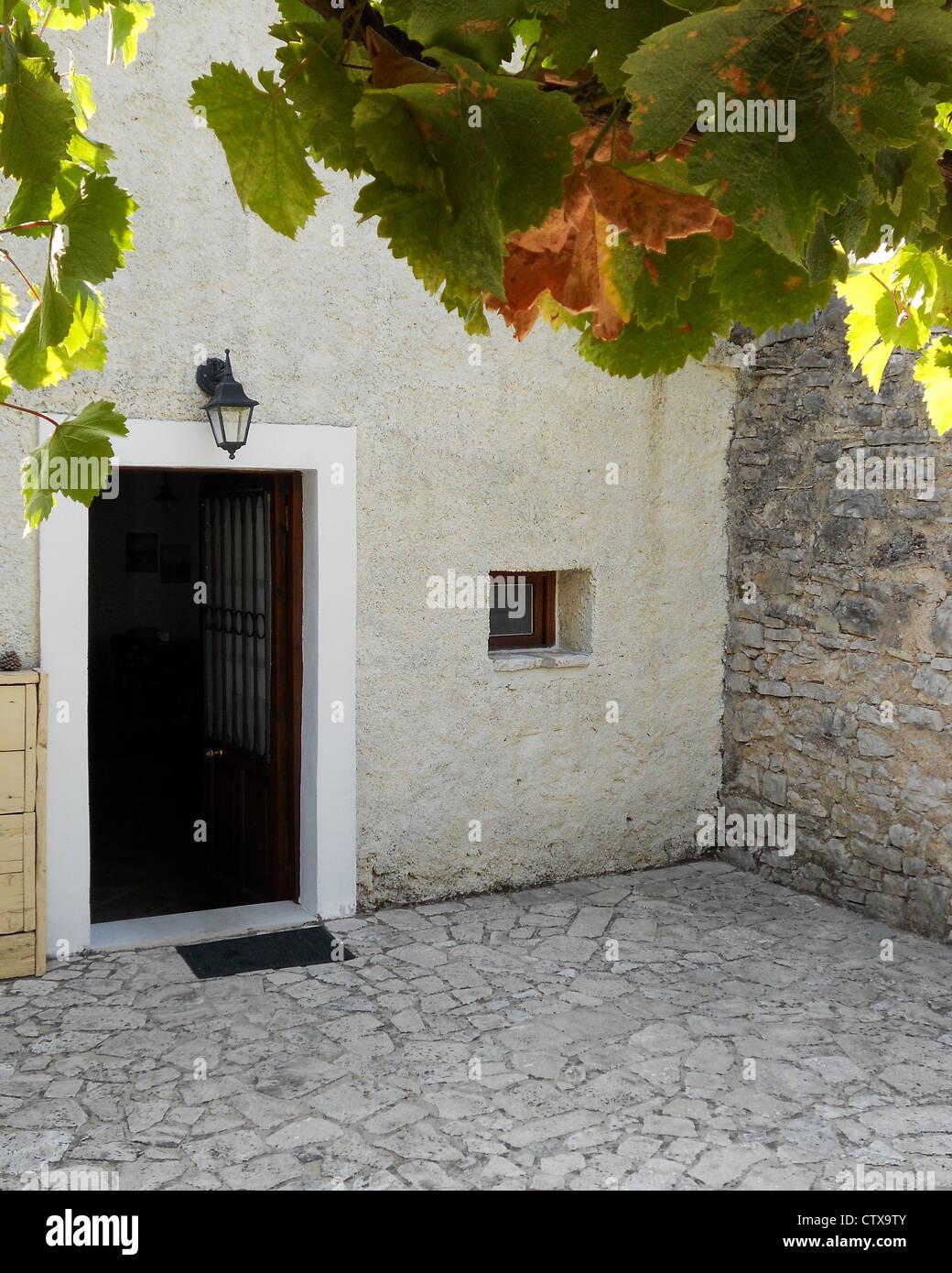 Greek Cottage Stockfotos & Greek Cottage Bilder - Alamy