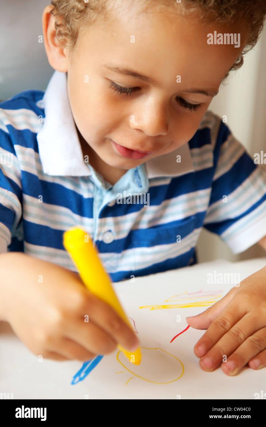 Coloring Crayons Stockfotos & Coloring Crayons Bilder - Alamy