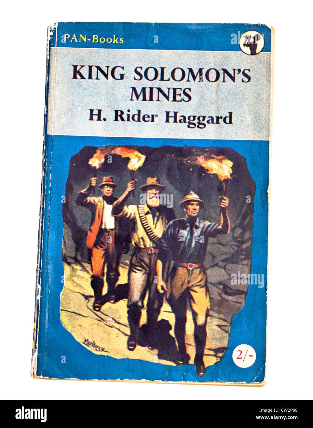 Klassische Kinder Abenteuer Geschichtebuch König Solomons Mines von H. Rider Haggard herausgegeben von Pan Stockbild