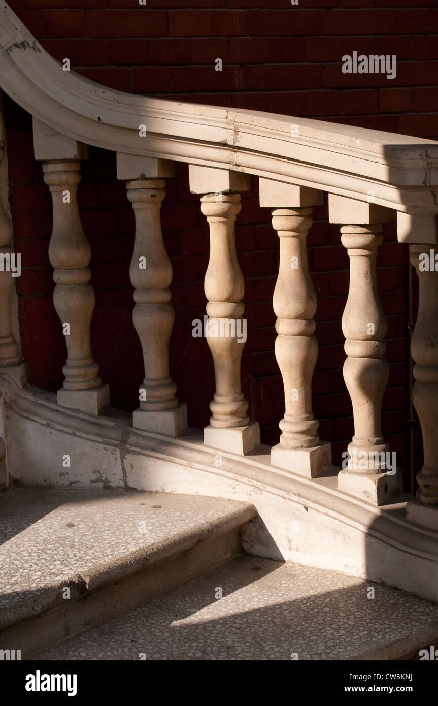 Geländer, South Kensington, London, UK Stockbild