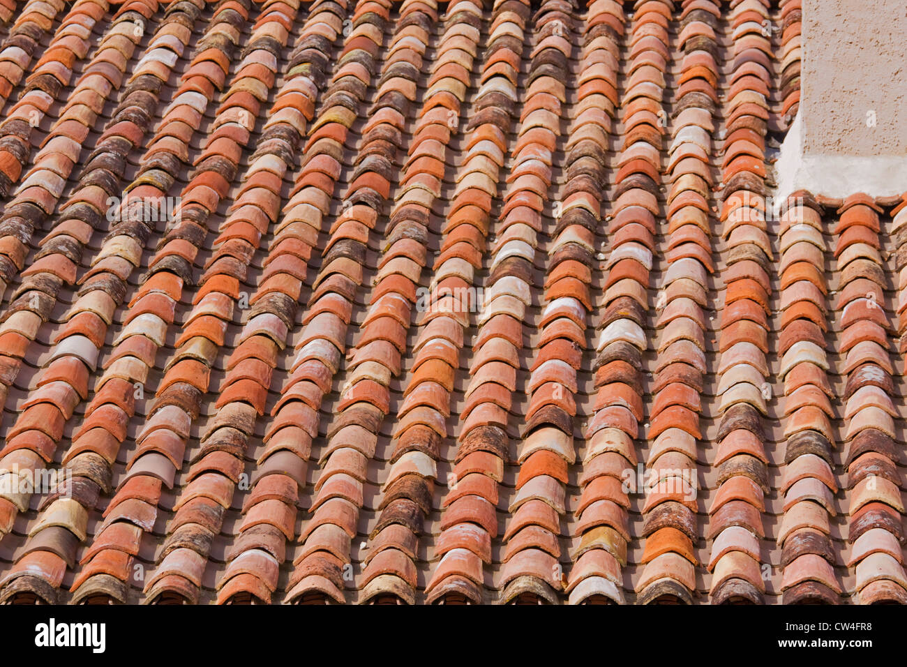 coloured roof tiles stockfotos coloured roof tiles bilder alamy. Black Bedroom Furniture Sets. Home Design Ideas