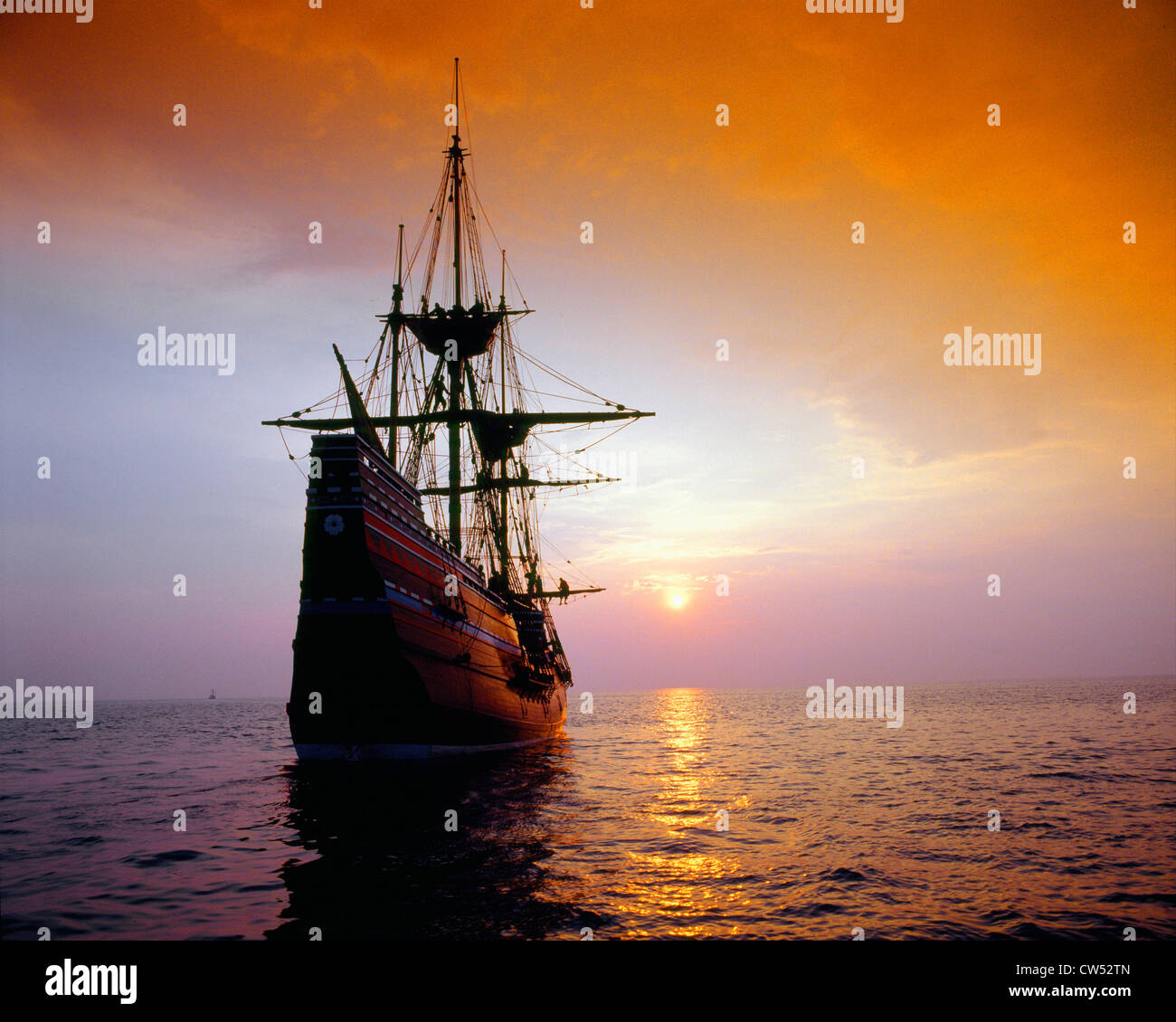 Mayflower II Replica bei Sonnenuntergang, Massachusetts Stockbild