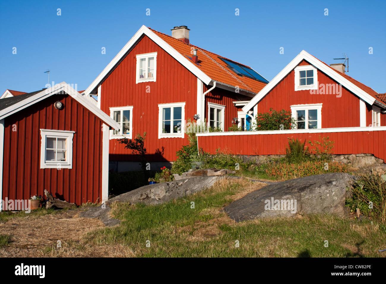 typisch schwedische rote h user in asper schweden stockfoto bild 49964950 alamy. Black Bedroom Furniture Sets. Home Design Ideas