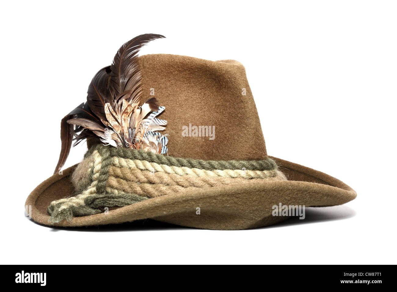 Vintage Wolle Jagd Hut mit Federn geschmückt auf weißem