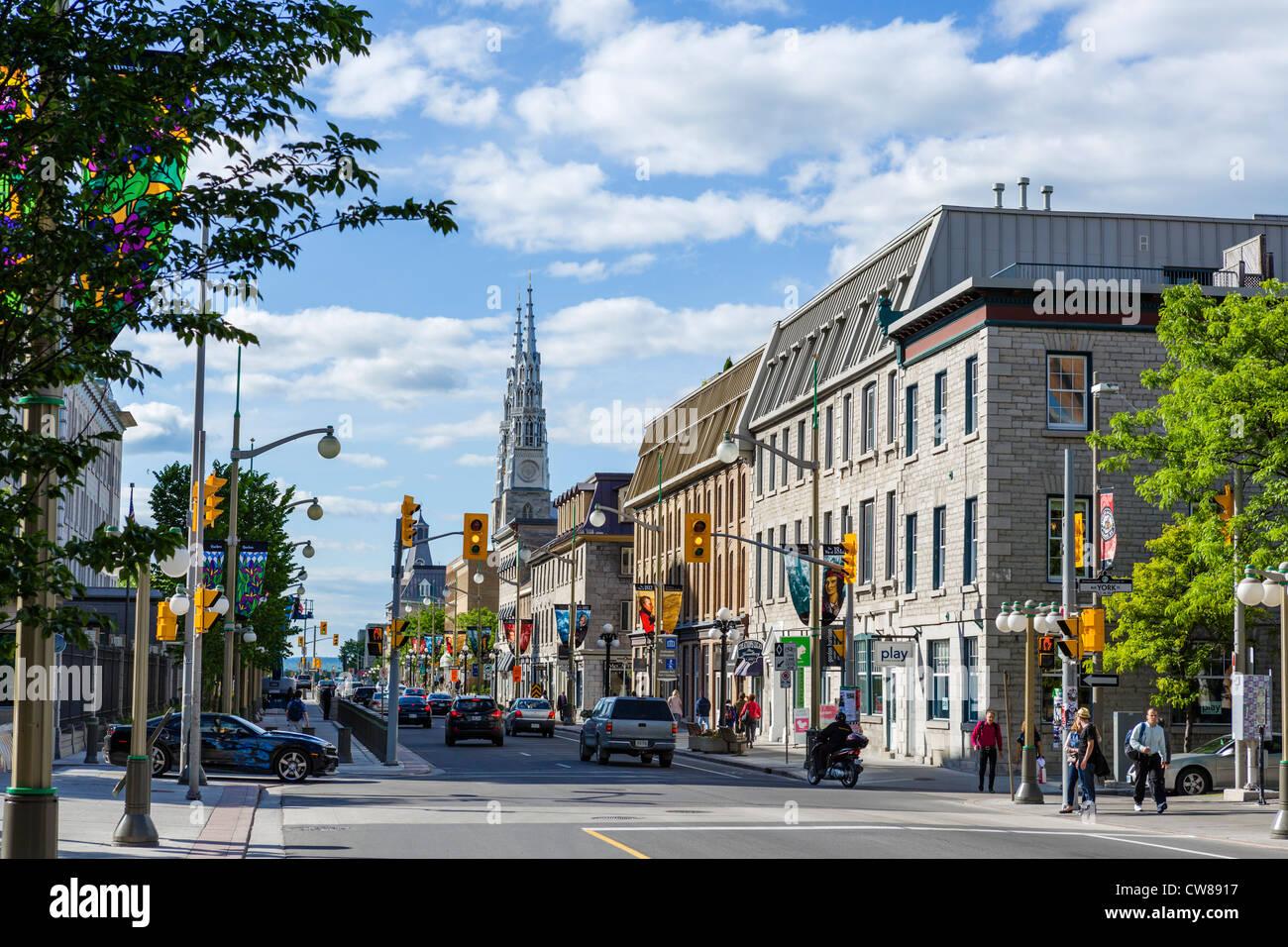 Historische Gebäude auf Sussex Antrieb mit Blick auf die Kathedrale, Ottawa, Ontario, Kanada Stockbild