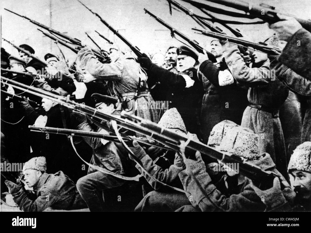 BOLSCHEWISTISCHEN REVOLUTION 1917... Höflichkeit: CSU Archive / Everett Collection Stockbild
