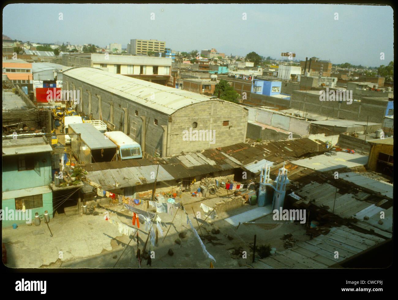 Campeche Mexiko Stadtbild 1973 Tag Shanties Wäscheständer Stadt 1983 1980s hohe Windwinkel Stockbild