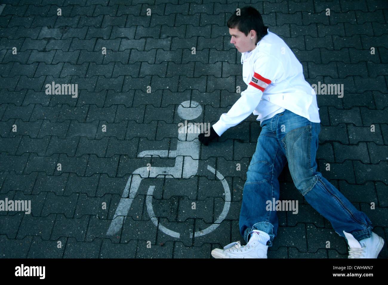 Community outreach, Behinderteneinrichtungen, zivildienstleistender Stockbild