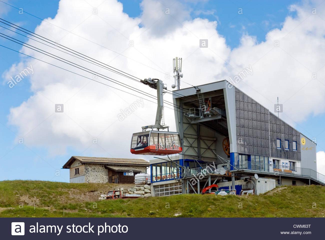 Piz Nair Standseilbahn, St. Moritz, Graubünden, Schweiz   Piz Nair Standseilbahn, St. Moritz, Schweiz Stockbild