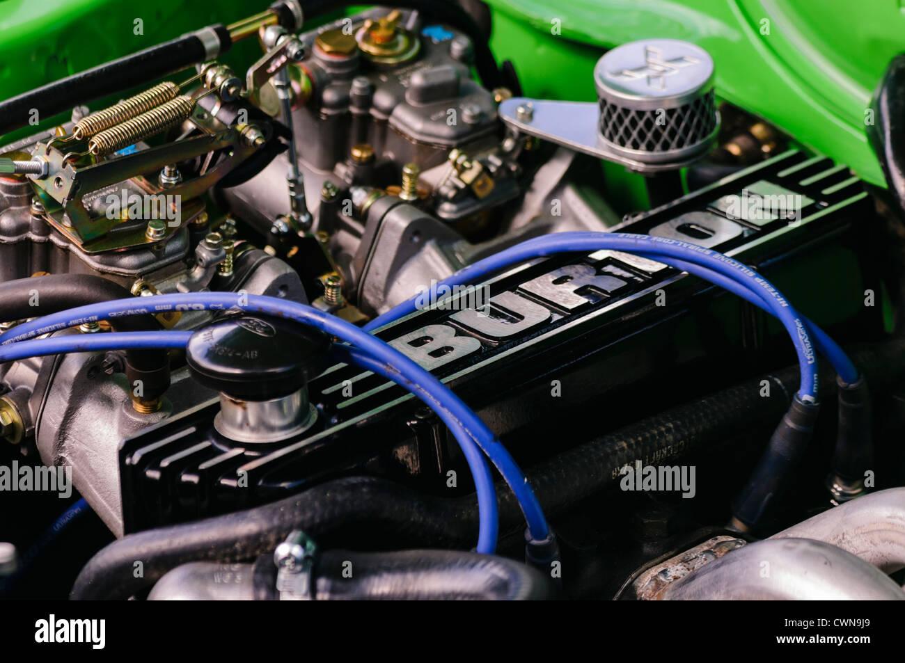 Burton-Motor ausgestattet, um einen Mk3 Ford Escort Stockbild