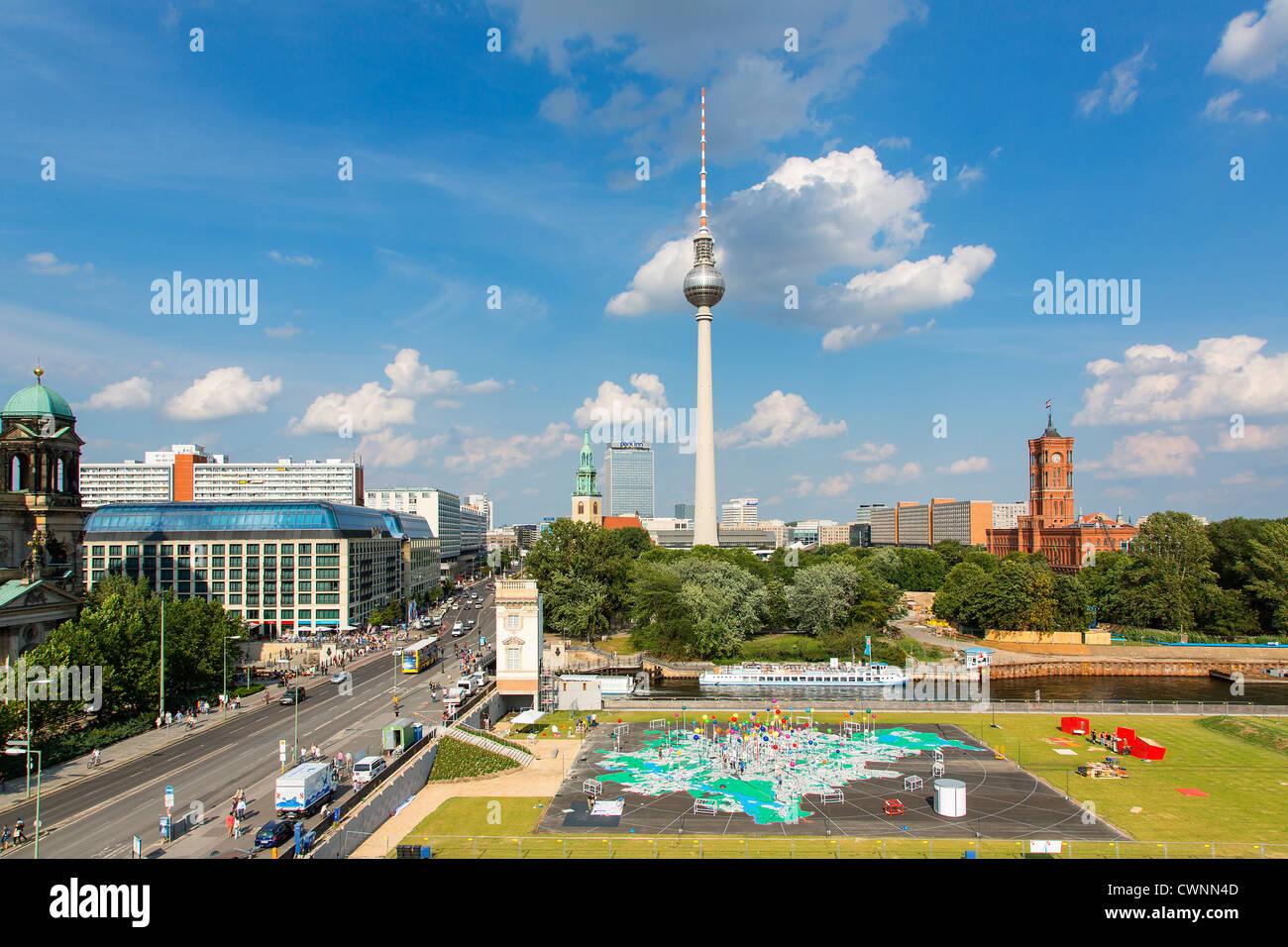 Europa, Deutschland, Fernsehturm, Fernsehturm, Berlin. Stockfoto