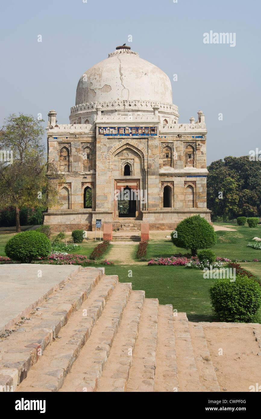 Sheesh Gumbad, Lodi Gardens, Delhi, Indien Sheesh Gumbad, Lodi Gardens, Delhi, Inde Sheesh Gumbad, Lodi-Gärten, Stockbild