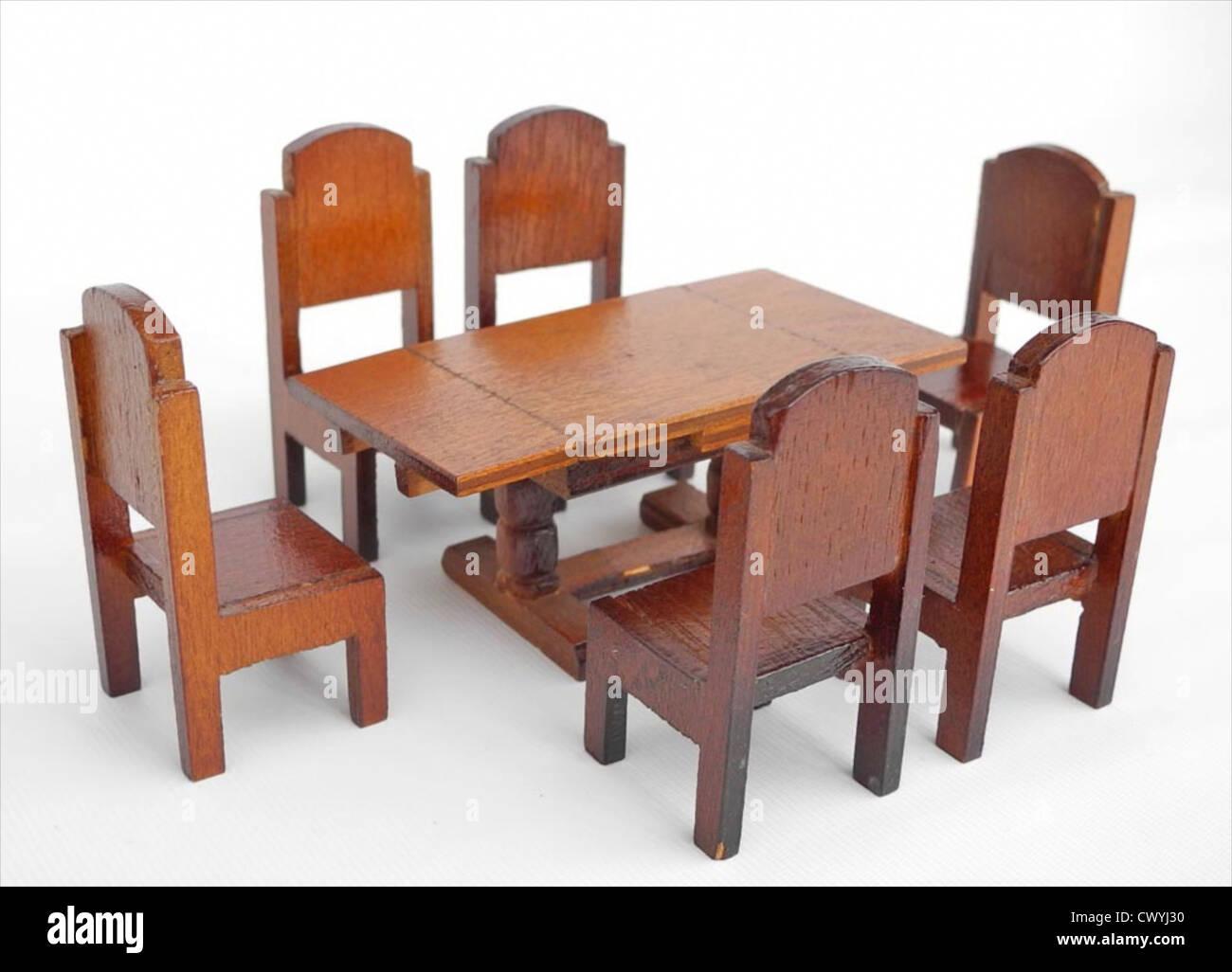 Weinlese Puppen Haus Möbel Der 1950er Jahre Stockbild