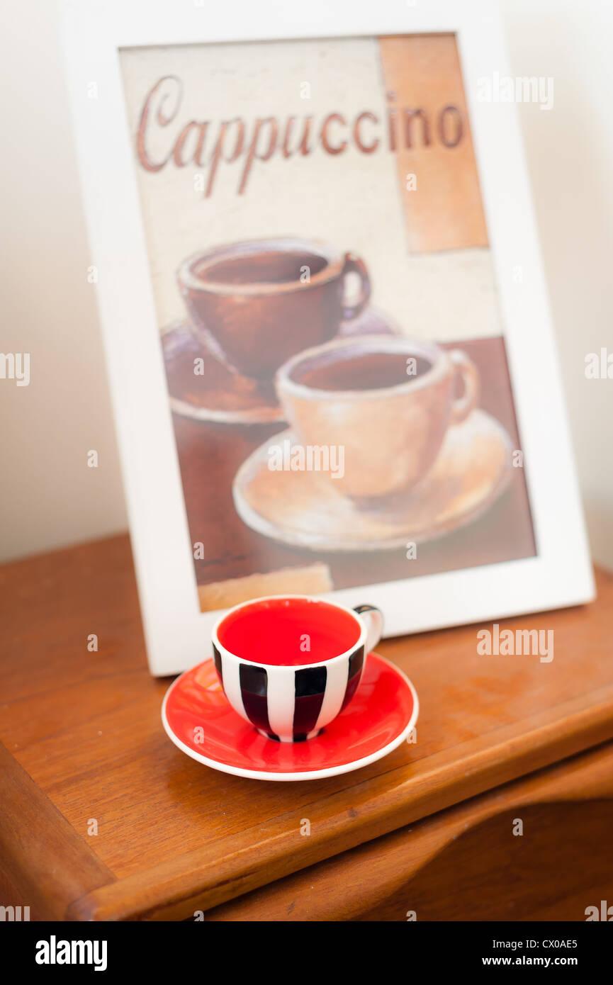 Red Cafe Cup Schwarz Weiß Muster Mit Cappuccino Bild Zeichnen