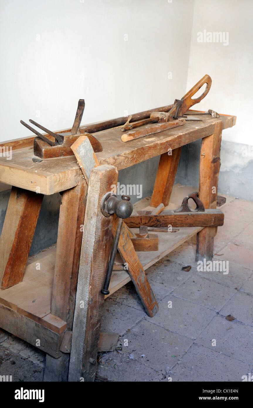 antike des tischlers werkbank schreiner job werkzeuge metier