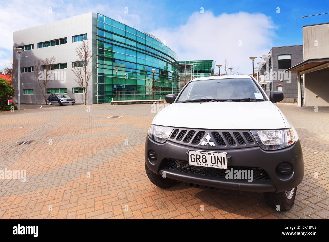 Mitsubishi Triton der Otago University Sicherheit mit dem Nummernschild GR8 UNI Campus Uhr, Stockbild