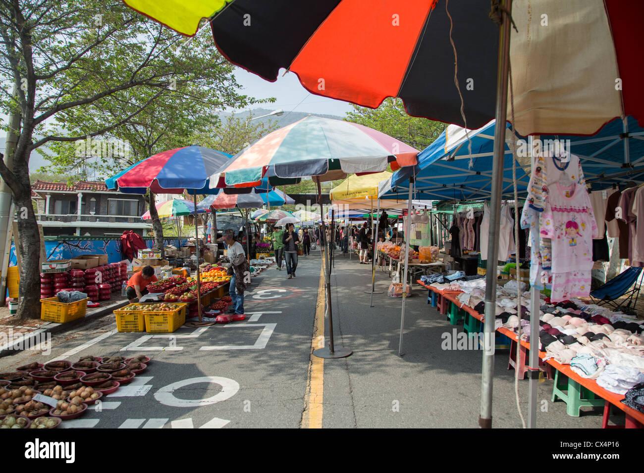 colorful umbrella street stockfotos colorful umbrella. Black Bedroom Furniture Sets. Home Design Ideas
