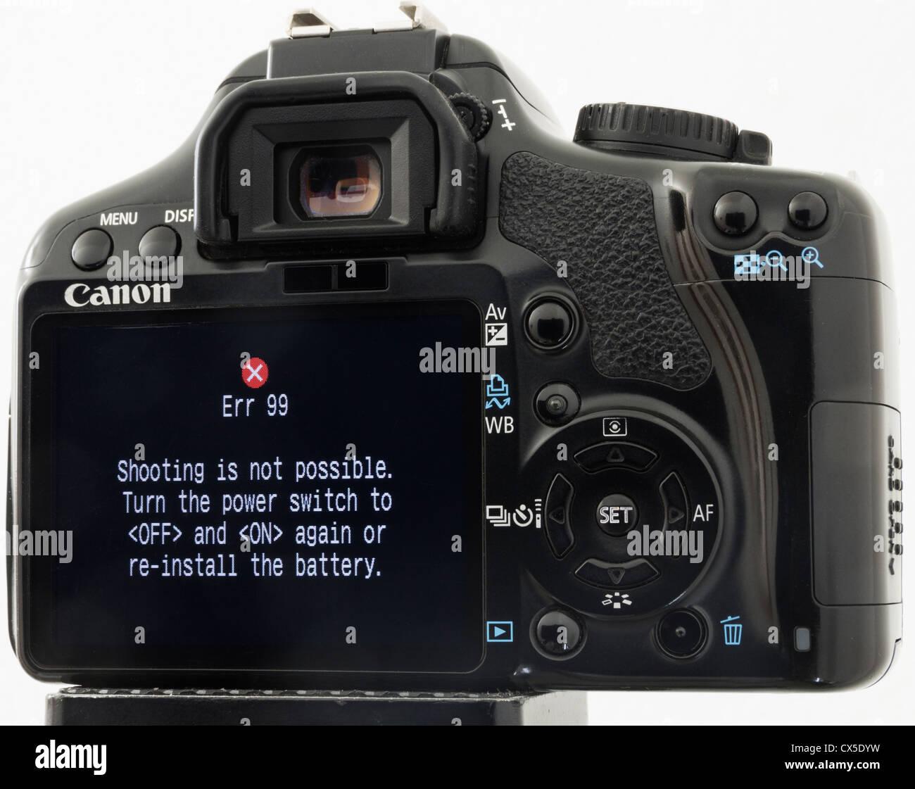 99 Fehlermeldung auf LCD-Bildschirm auf Canon 450 D Digitalkamera. Stockbild
