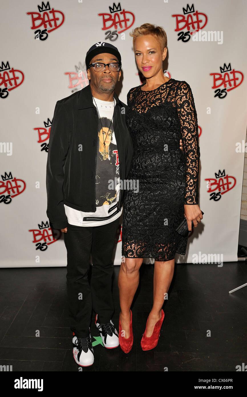 Spike Lee und Frau Tonya Lewis Lee in 2012 TIFF Stockbild