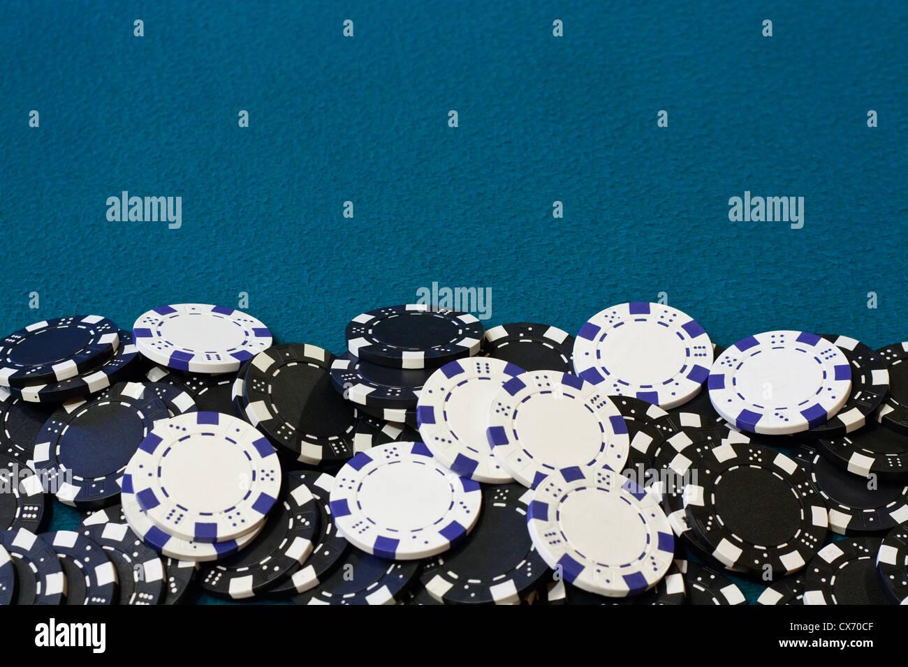 Poker Chip Rahmen oder Rahmen mit blauen Karte Tabelle samt ...