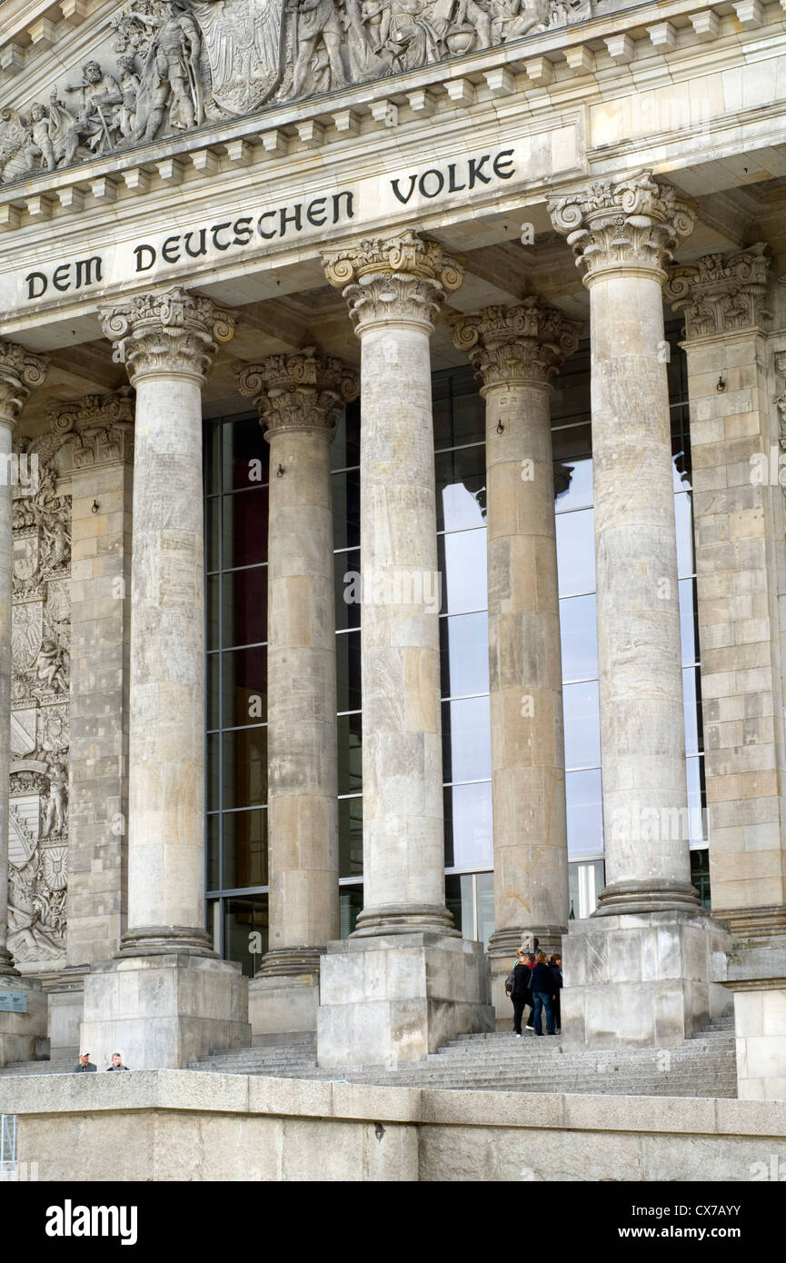 Außenseite des Reichstagsgebäudes in Berlin, Deutschland Stockbild