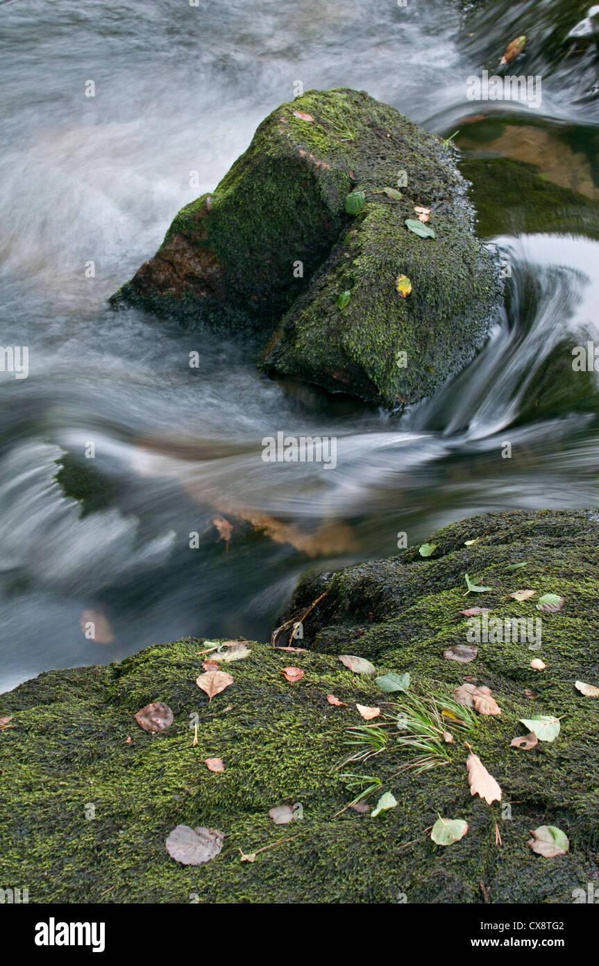 Schnell fließenden Fluss, Snowdonia, Wales Stockbild