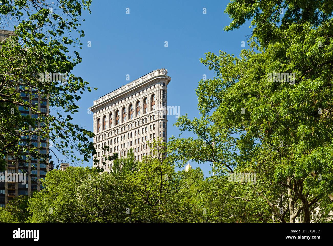 Das Flatiron Building und Madison Square Park, 23rd Street, New York City. Stockbild