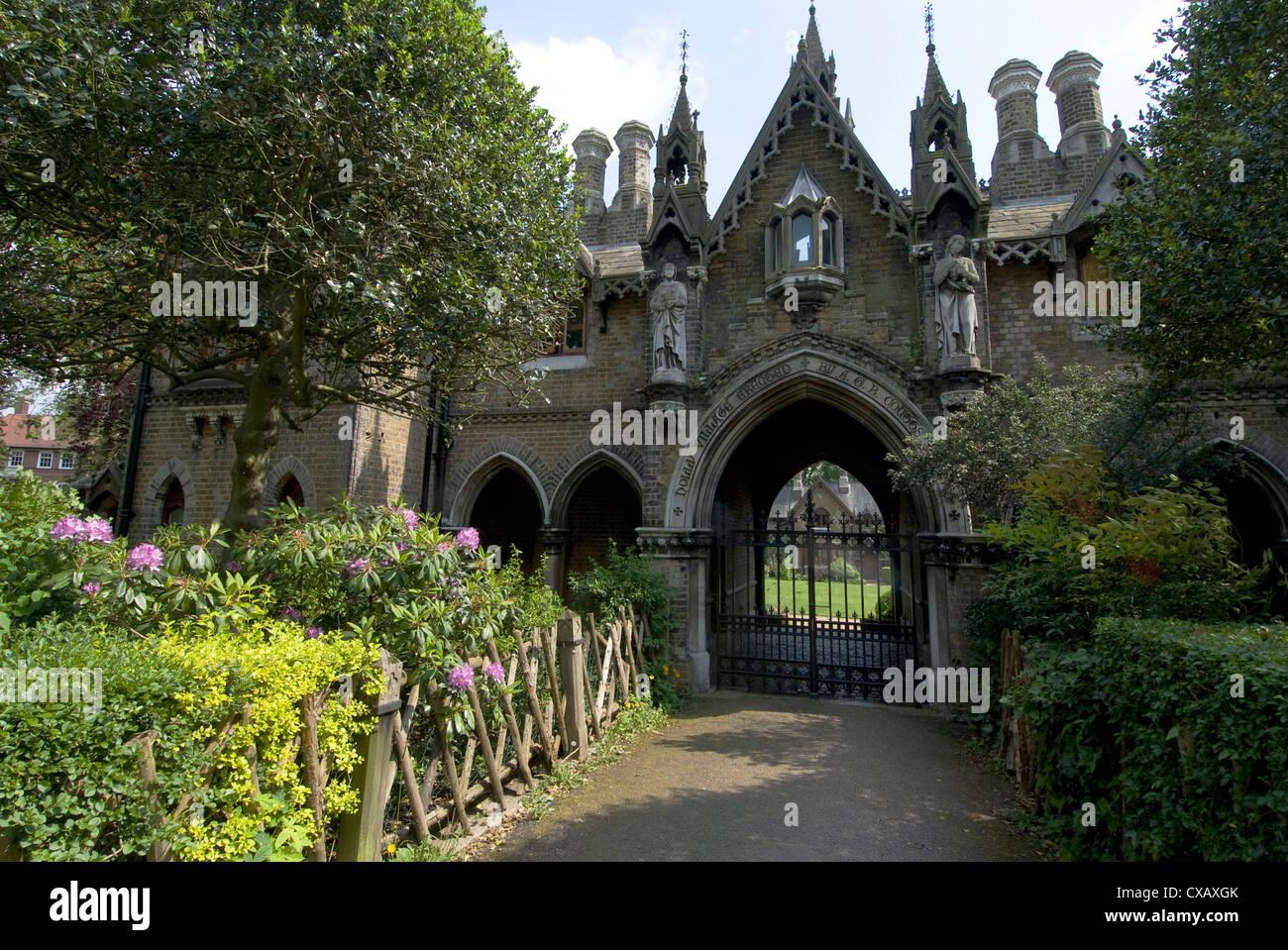 Holly-Dorf, Klasse 2 aufgeführten gotischen Stil Gebäude aus dem Jahr 1865, Architekt Henry Darybishire, Stockbild
