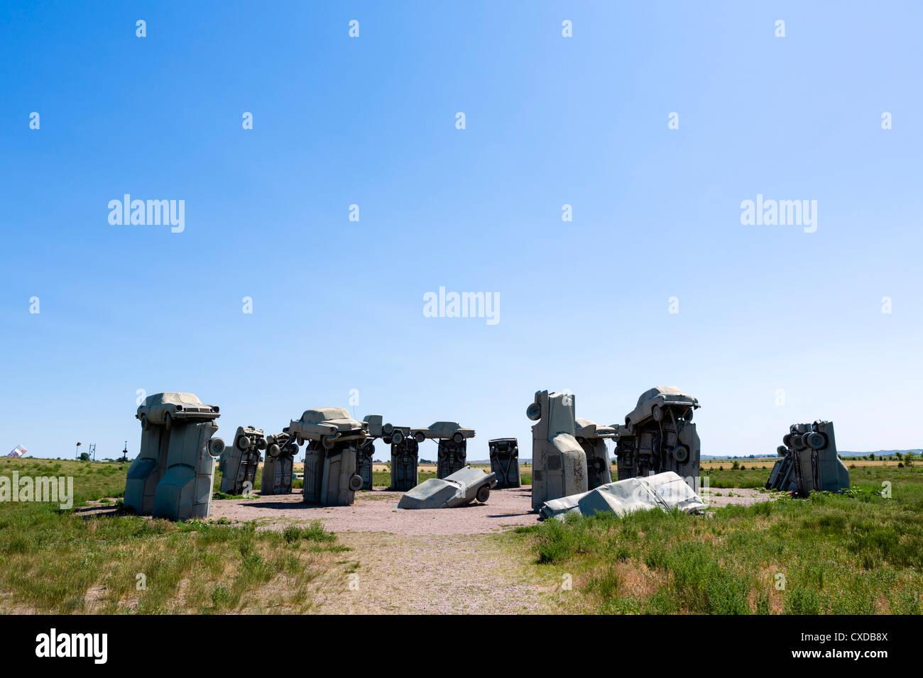 Carhenge, ein Kunstwerk, hergestellt aus alten verschrotteten Autos, Allianz, Nebraska, USA Stockbild