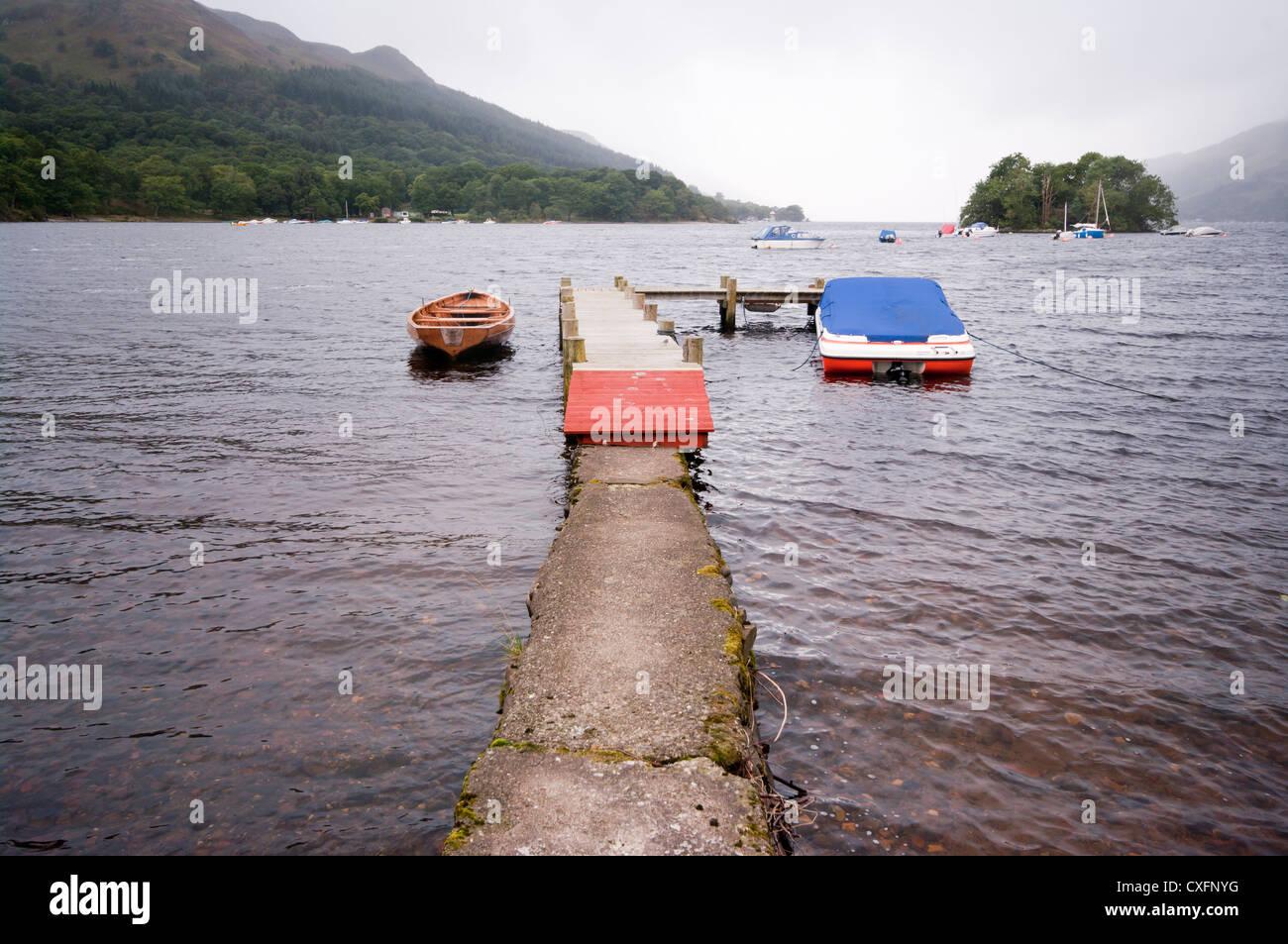 Loch Earn von St. Fillans Perth und Kinross Schottland gesehen Stockbild