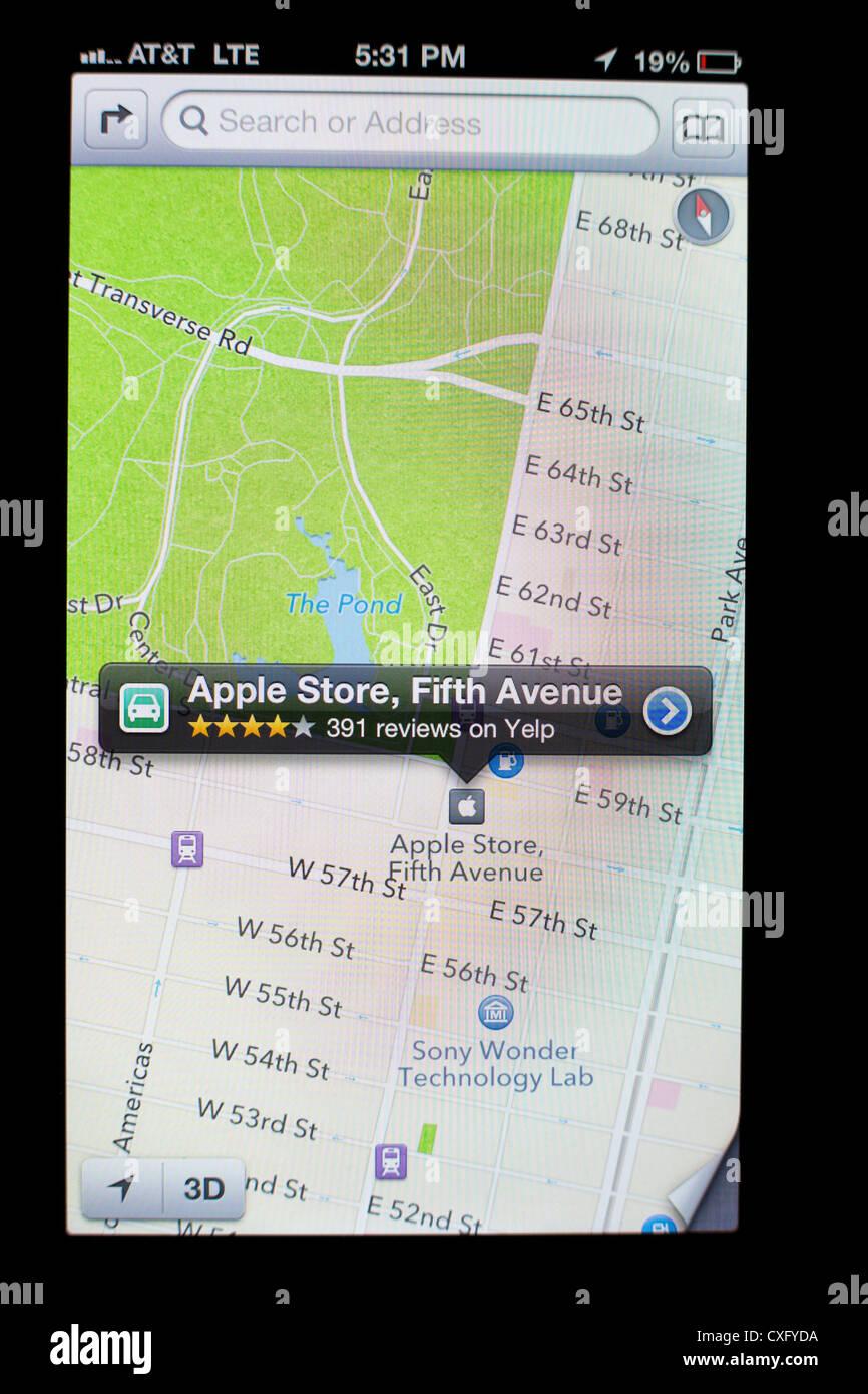 Apple Store Glaskubus auf eine Fifth Avenue gezeigt in Maps-app auf on