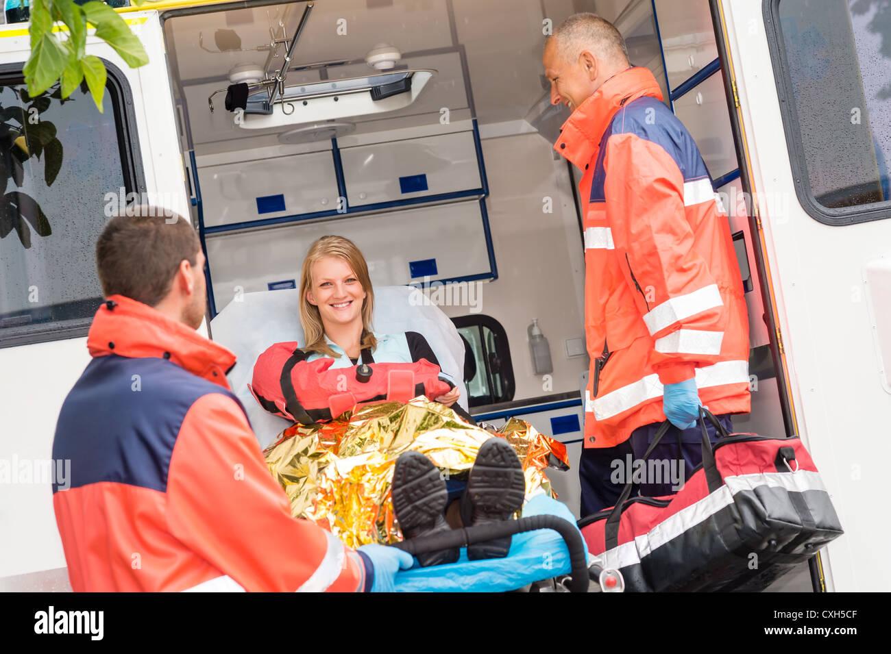 Geburt Im Krankenwagen