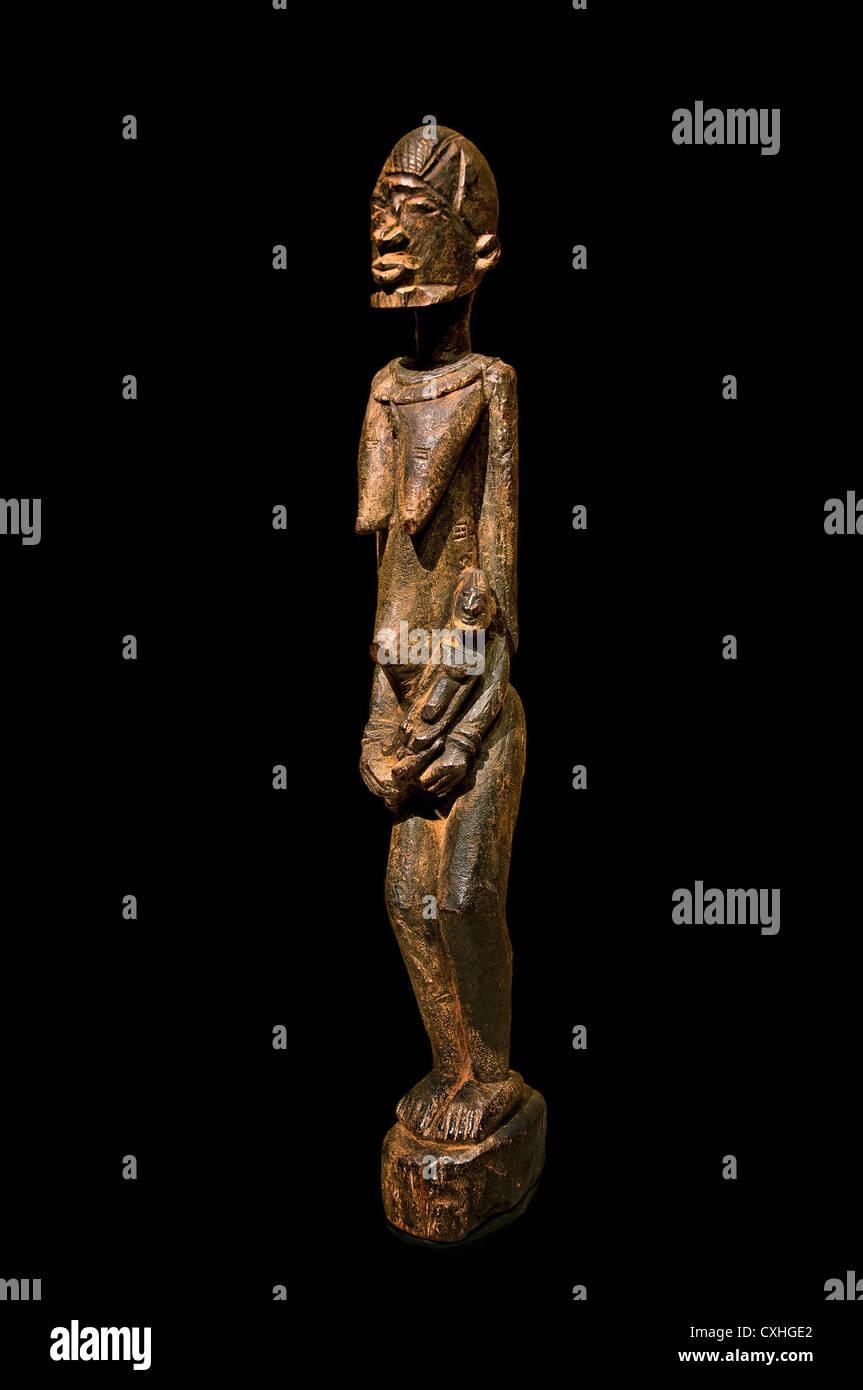 Mutter und Kind 16. ? 19. Jahrhundert Mali Dogon Völker Holz 61,5 cm Afrika Stockbild