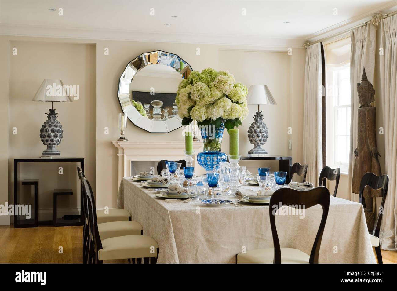 Farbe Tag Innen Tisch Esszimmer Esstisch Stuhl Tischdecke Weinglas