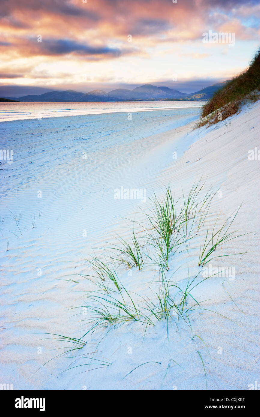 Wellen im Strandsand, Traigh Rosamal, Isle of Harris, äußeren Hebriden, Schottland Stockfoto