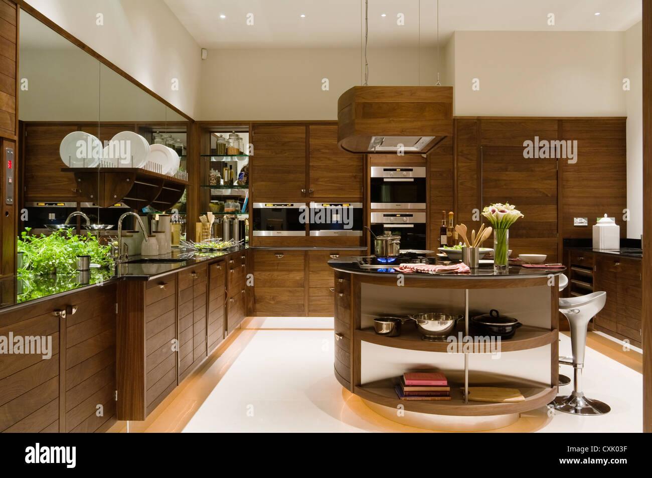 Farbe innen Küche Schrank Platte Arbeitsplatte aus Holz Tellerhalter ...